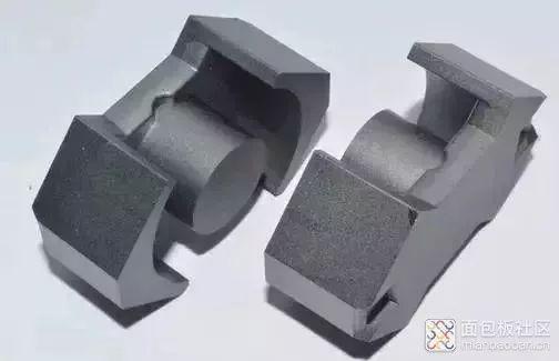 RM型磁芯