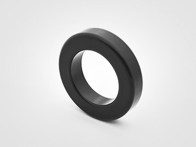 铁硅铝与铁氧体材料的磁环电感对比